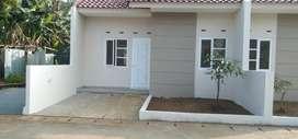 Rumah Cantik Dekat Dengan Stasiun Rawa Buntu