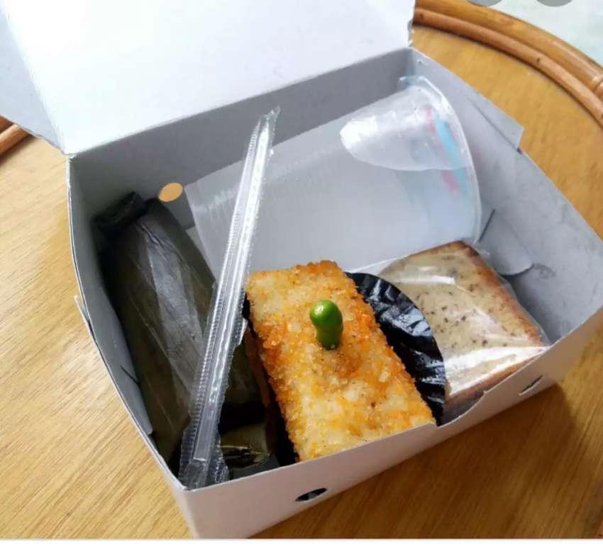 Kue basah snack box - Makanan & Minuman - 753847579