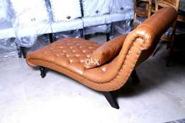 New Tufted setty in imported leatheright.