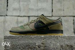hot sales 5e1e6 9e11a Nike SB Dunk Low Mens Running Shoes Fasion Casual Sneakers Camouflage