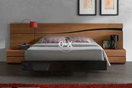 Low profile dubble bed king size with 2 side table