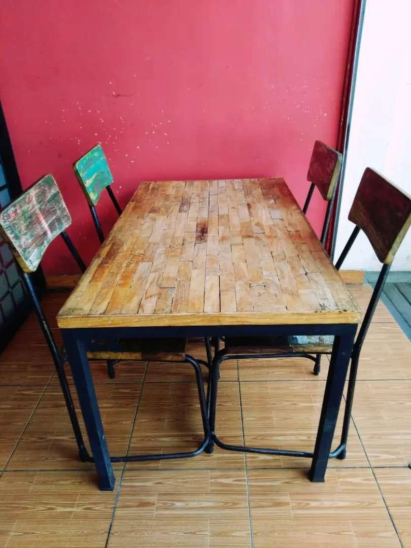 Meja Kursi Cafe Bahan Jati Kayu Kapal 1set 1 8 Jt Mebel 783374854