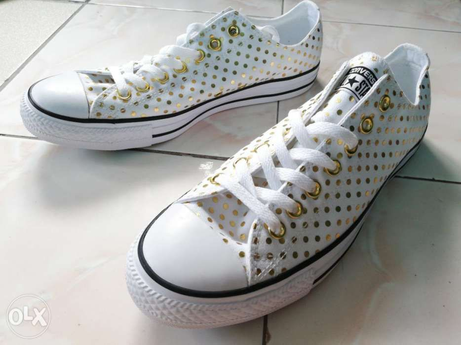 ff864e8899c Converse Ox White and Gold Polka Dot Canvas Sneakers in San Juan ...