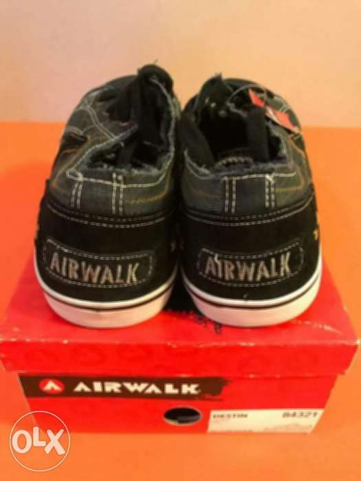 e7c7cc6c4827 Brand new airwalk shoes · Brand new airwalk shoes