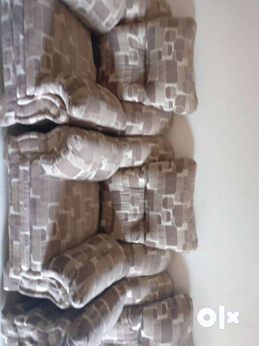 5 Seater large Sofa set in very good condition Pune  : images1000x700inslot2filenamedhg92mw5rj0i2 IN from www.olx.in size 525 x 700 jpeg 30kB