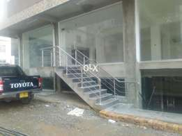 2400 sq ft Ground flr available for rent