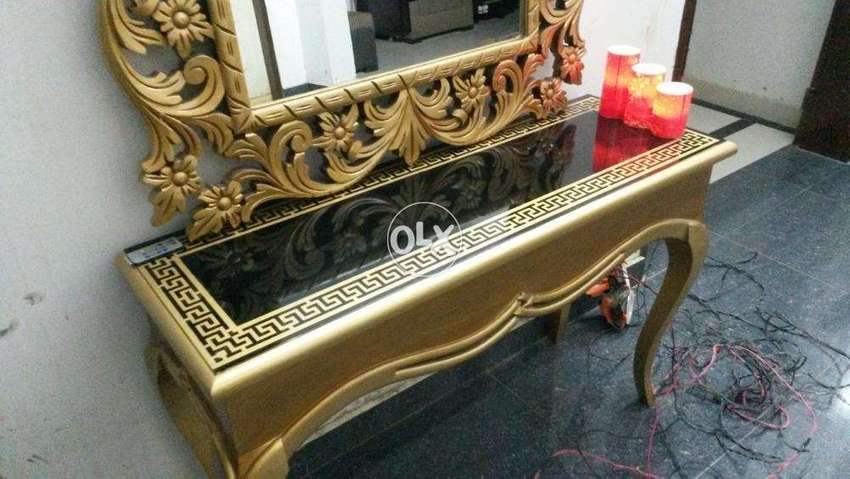 Decent Versachi Console in Deco Polish with Carving Frame ...