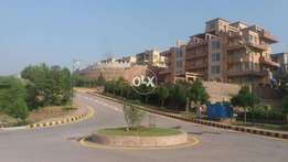 Bahria town phase 4 ,10m main bullevard plot available in top location