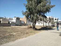 1 Kanal residential plot to sell in Aziz Bhatti Town