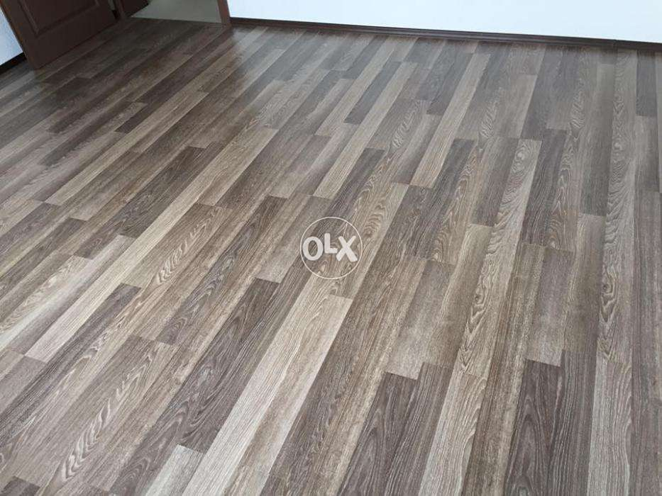 Laminated Wooden Floor Wallpaper Window Blinds Vinyl Floor