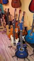 Guitar wood hug colection dtudent guitar+wrnty+bag free cash on dlvry