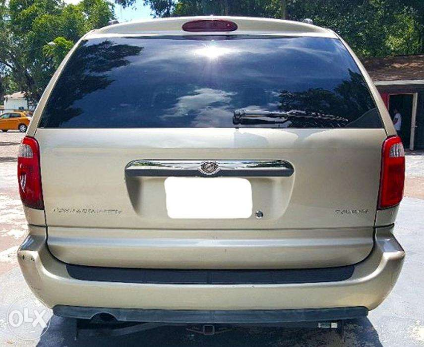 Town And Country Toyota >> 2006 Chrysler Town And Country Toyota Previa Carnival Odyssey Bmw In