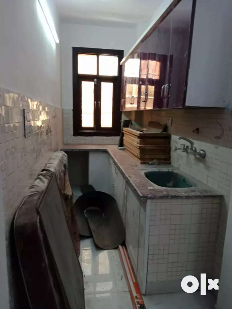 1rk Flat Available In Uttam Nagar With Bike Parking Near Metro Station For Sale Houses Apartments 1572581485