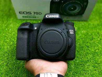 Canon 70D Body Only seperti Baru