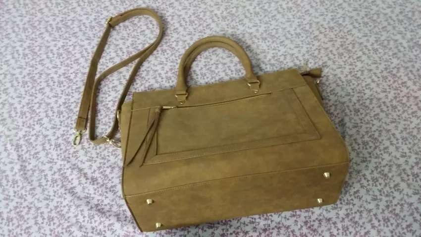 Ladies leather bag for sale came from UK PRIMARK branded bag - Accessories  - 1015196194