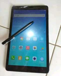 tablet advan i10 pensil bluetooth ram 2gb 4g lte fullset layar 10 inch
