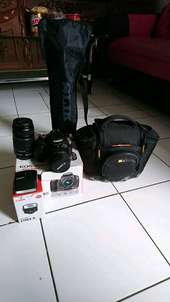 Camera DSLR Canon 1100D