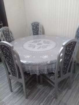 bf210519e4 Slightly used Dining Table With 5 Chairs For Sale in Samanabad