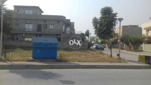 3 bedroom upper portion on rent bahria ph4/ 3