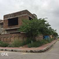 1kanal corner setcer in double unit in bahria town phase4 rwp