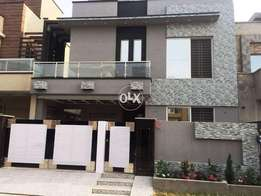 What a ideal and beautiful house doubal kitchen parking
