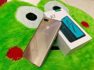 Oppo A7 4/64 Gold