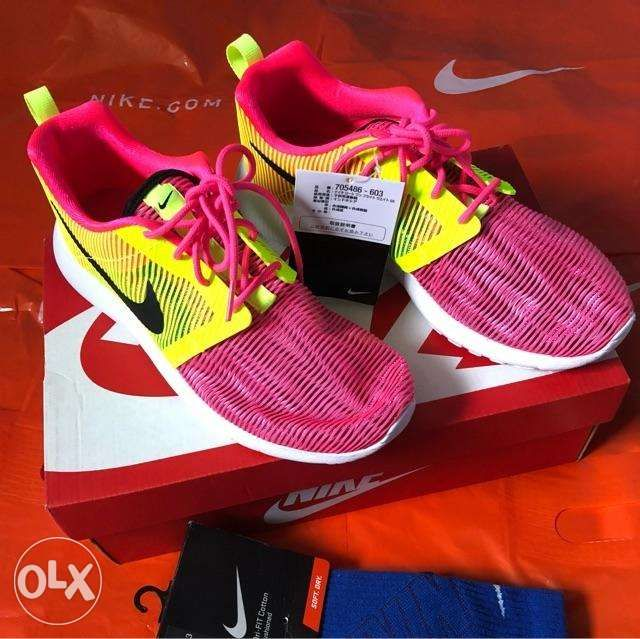 22ae0d3d132a SALE NIKE Roshe One Flight Weight Womens SIZE US 65 in Bongabon ...