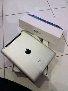 ipad 2 16gb simcard 3G plus wifi