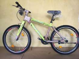 """Fitness cycle 26"""" -: 26"""" double wall alloy wheels"""