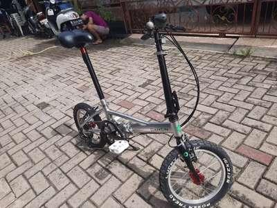 Jual Sepeda Lipat Dahon 16 Inch Basic United Roar Modifikasi Ringan Sepeda Aksesoris 805476073