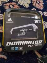 Corsair dominator platinum ddr4 Ram 3200 2x8 gb