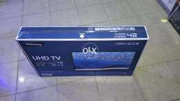 42 inch smart tv box packed
