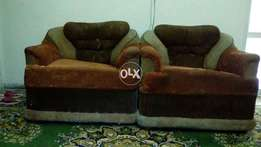 Good condition awesome sofa available in reasonable rate