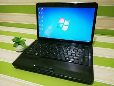Laptop TOSHIBA Core i3 RAM 4 GB