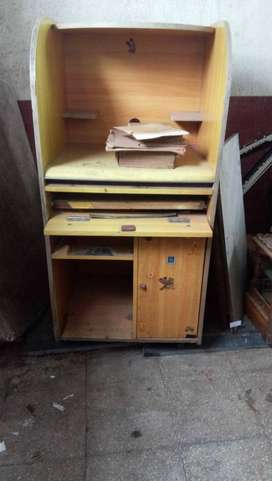timeless design 13b15 00dd0 Computer Table - Used Furniture for sale in Mumbai | OLX