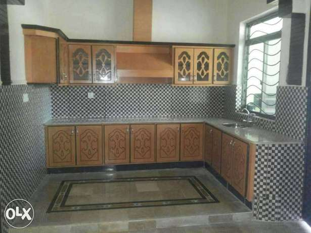 Upper portion for rent in ghouri town Isb 7436