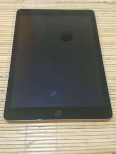 Ipad Air 3 (gen 5 A1822) 32gb lengkap