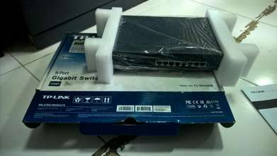 TP-Link switch TL-SG1008