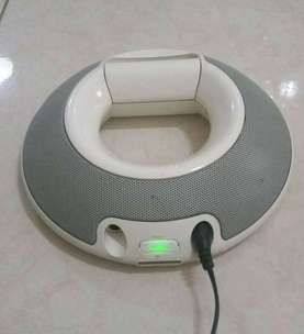 Speaker dock system JBL on stage ii for iPhone / iPod .