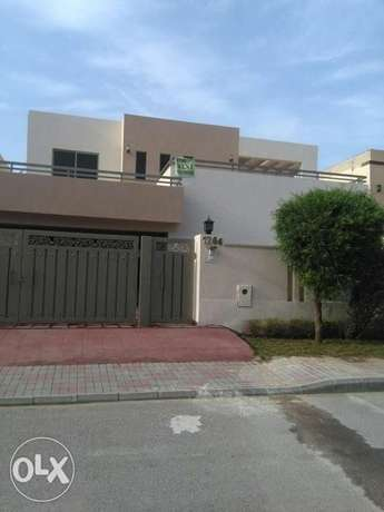 Near to arena 3 bed canal upper portion for rent in bahria town ph4