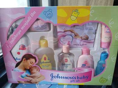 Di Jual GIFT SET Johnsons Baby MURAH Murah