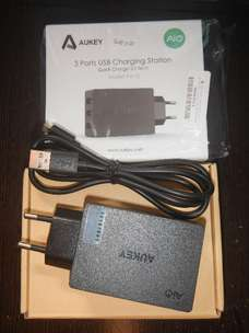Charger 3 Port Murah Aukey