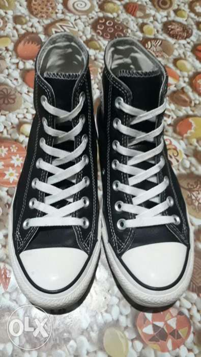 9093fad71615 Preloved Converse Hi-cut Leather in Quezon City
