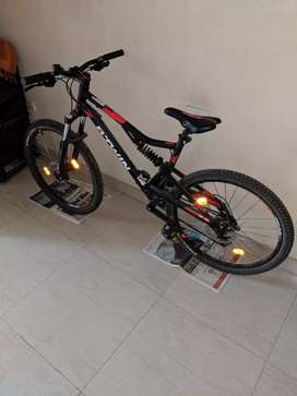 64c67f400 Btwin Rockrider 320s MTB bicycle for sale