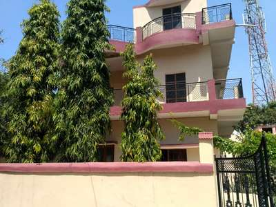 4 BHK duplex is available at Bilpura colony with garden. car parking . @ Rs. 66,00,000/- at Vfj Sector 1, Jabalpur, Madhya Pradesh