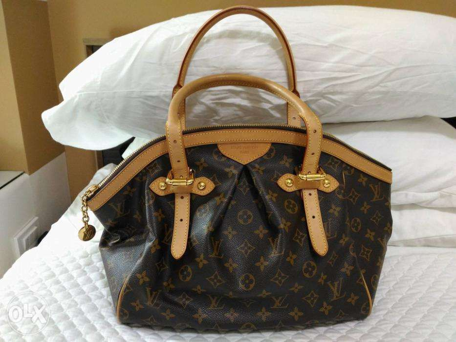 d567daaeb53d LOUIS VUITTON Monogram Canvas Tivoli GM Bag ORIG in Taguig