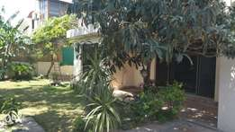 F8 Full House For Rent 5-Bed Room D/D TVL Kitchan Lawn Pic Attached