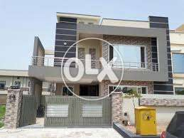 G11-3 New 25x40 Double Unit 3Bed DD Tv 2 Kitchen Full House For Rent