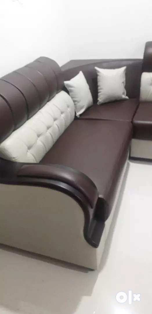 Urgent Sell Brand New Attractive Design PU Italian Leather Sofa - Sofa & Dining - 1554442912