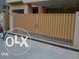 1kinal upper portion 3beds for rent in johar town LHR more option avai
